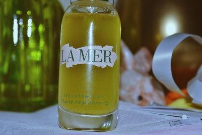 La Mer the Renewal Oil dual-phase elixir